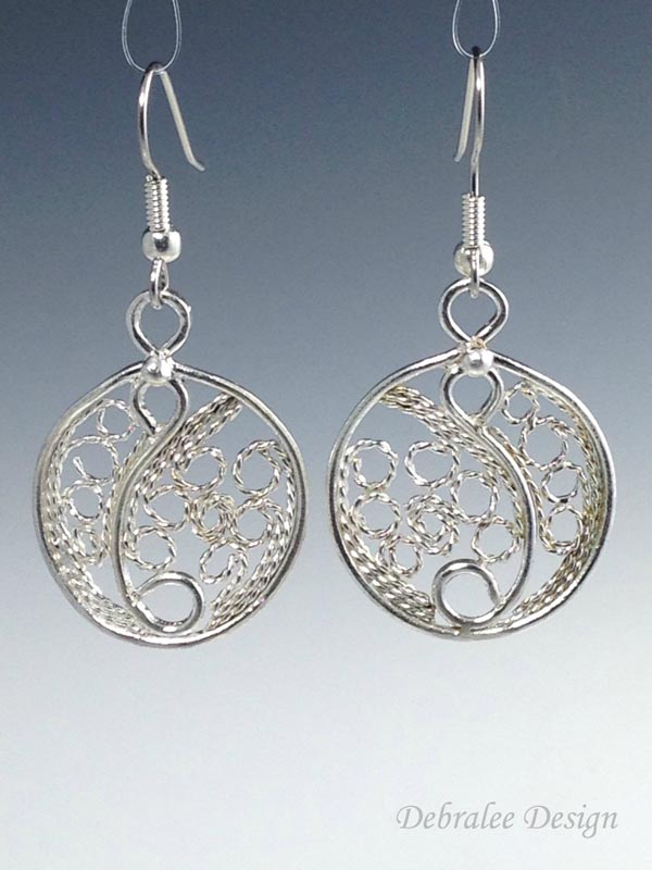 Circle Filigree Earrings